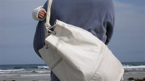 Teabag From Relations De Voyages by L Accessorio Dell Estate 232 Fatto Con Vele Riciclate