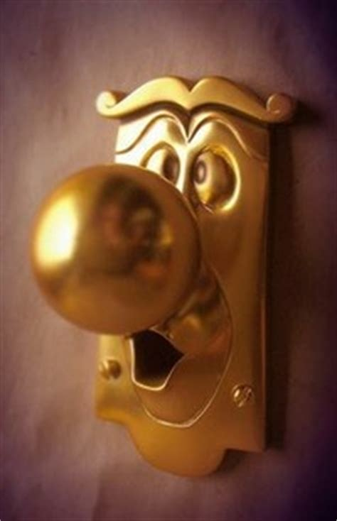 and the beast door knob 10 toes