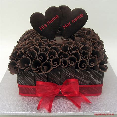 Write name on Chocolate heart anniversary cake online