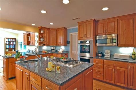 Blue Kitchen With Oak Cabinets | bright blue walls with honey cabinets kitchen dining