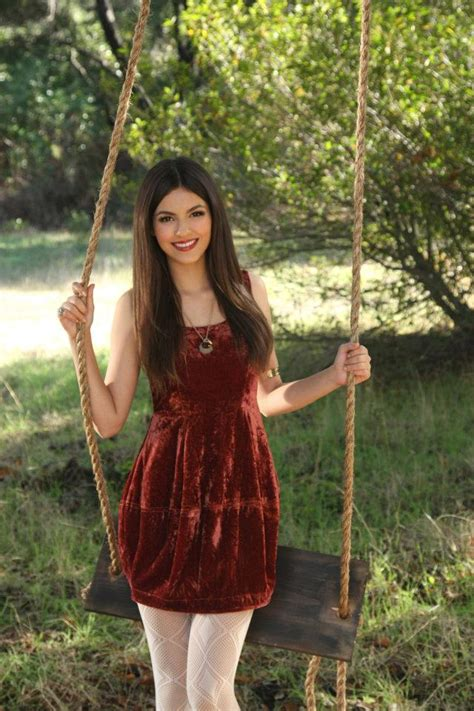 swing justice girl celebrity swing photoshoot victoria justice