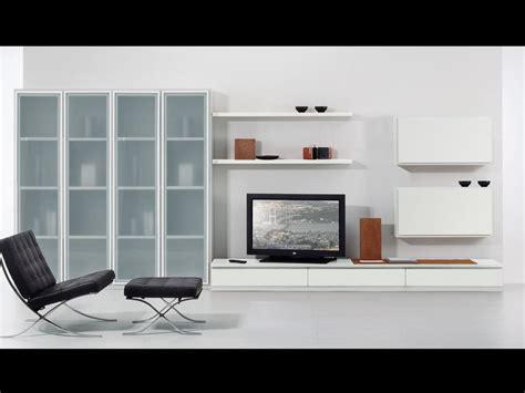 pareti con mensole set di mobili per soggiorno con vetrine e mensole idfdesign