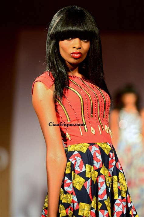 models tenue en pagne on pinterest african prints vlisco fashion show cotonou 2012 eloi sessou tenue en