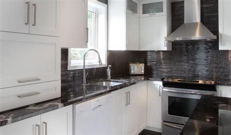 armoire de cuisine thermoplastique ou polyester polyester et m 233 lamine avanti pr 233 moul 233