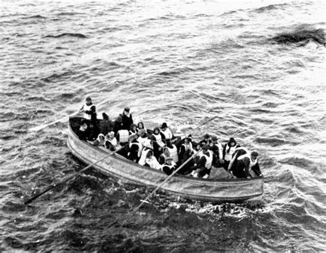 titanic collapsible boat b photograph titanic survivors in collapsible lifeboat d