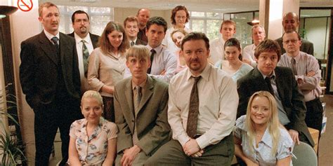 best sitcom 11 best sitcoms of the 2000s
