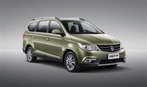 wuling cars baojun 730 photo gallery autoblog