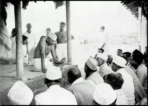 what congress and gandhi done to the untouchables books mahatma gandhi album gandhi a biography