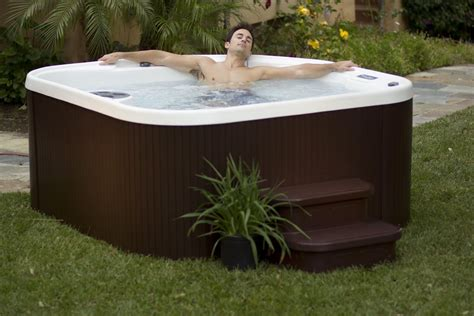 Best Plug n Play Hot Tub to Buy in 2016 2017