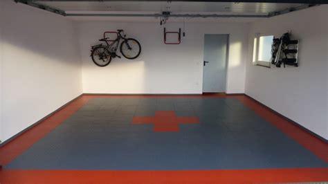 Garage Floor Paint Ideas by Anwendungsbeispiel Flexi Tile Pvc Garagenboden
