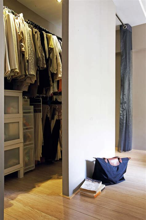 Walk In Wardrobe Hdb by Want A Walk In Wardrobe In A Small Hdb Flat Here Are 7