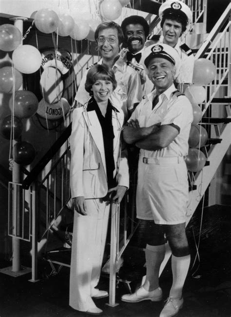 julie and doc love boat file love boat cast 1977 jpg wikimedia commons