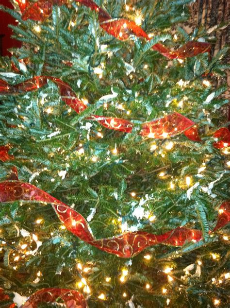 how to wrap ribbon around the christmas tree how to trim a beautiful tree encouraging hearts at homeencouraging hearts at home