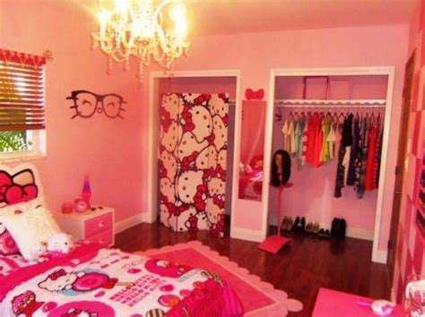 hello kitty teenage bedroom 1000 ideas about hello kitty decor on pinterest hello kitty hello kitty makeup and