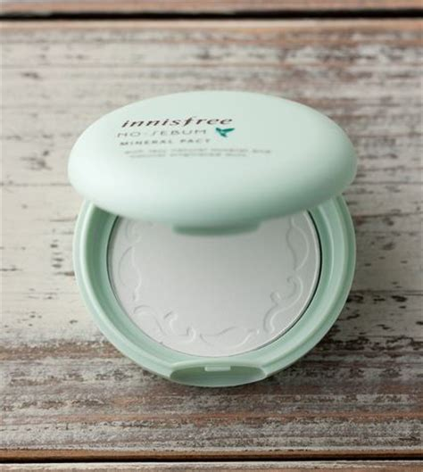 Harga Innisfree No Sebum Blur Pact essential korean products for summer soompi