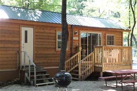 cabins at lake arrowhead cground montello wi