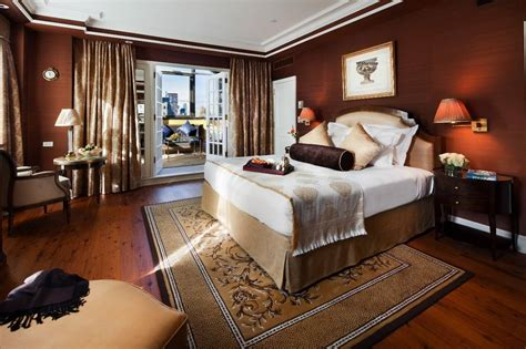 nyc bedroom hotel plaza ath 233 n 233 e offers 10 luxe suites for monthly lease