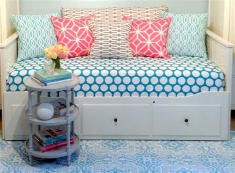 ikea hemnes daybed hack ikea hack fabrictherapy