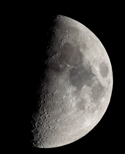 Moon With Nikon P900 by Moon Recorded With 83x Zoom Nikon Coolpix P900 Shows Earth S Rotation Digital Photography