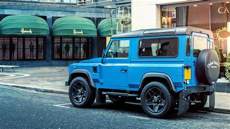 kahn land rover defender kahn design reveals the defender london motor show edition