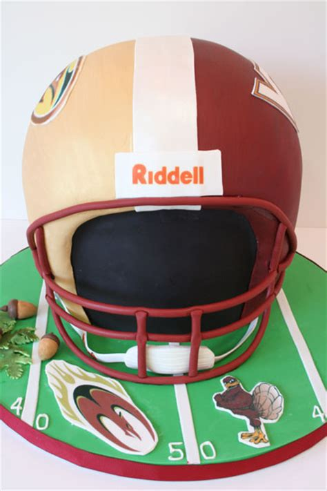 helmet design cake 3d grooms cakes new jersey football helmet custom cakes