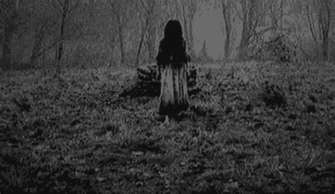 gambar hantu format gif gentayangan blog kisah kisah dan gambar seram
