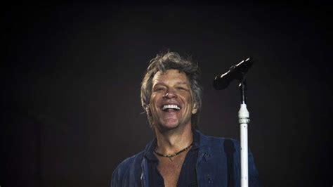Jon Bon Jovi Rocks For Housing by Singer Jon Bon Jovi Launches His Own Ros 233 Wine Joins