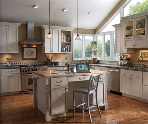 diamond kitchen cabinets paint kitchen cabinets interesting best images about
