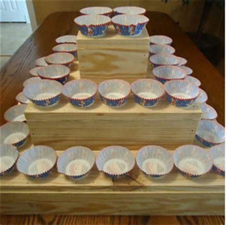home dzine home diy how to make a diy bunk bed home dzine craft ideas diy rustic cupcake stand