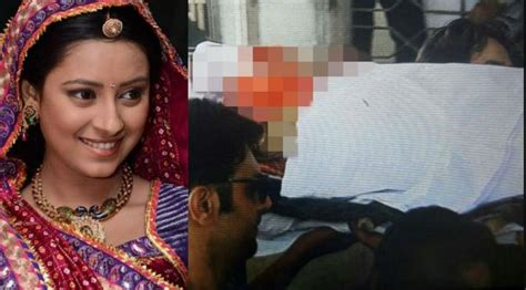 film baru seru film india terbaru paling seru artis cantik pratyusha