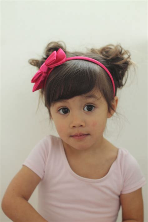 styling two year hair make it cozee 16 toddler hair styles