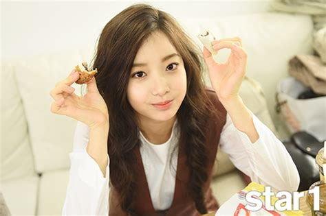 hyomin sketch album cover photo april in the november issue of star1 magazine