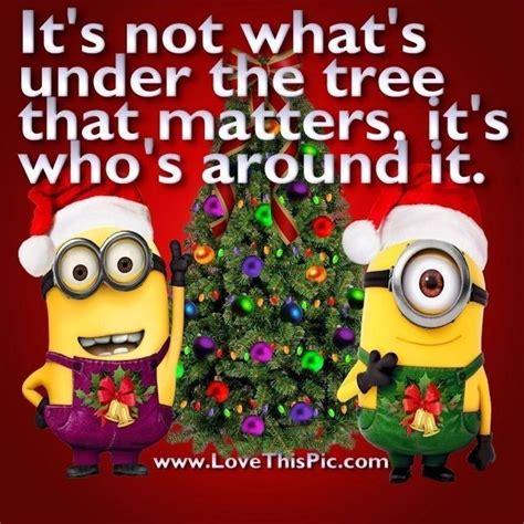 merry christmas minions ideas  pinterest minion christmas les minions banana