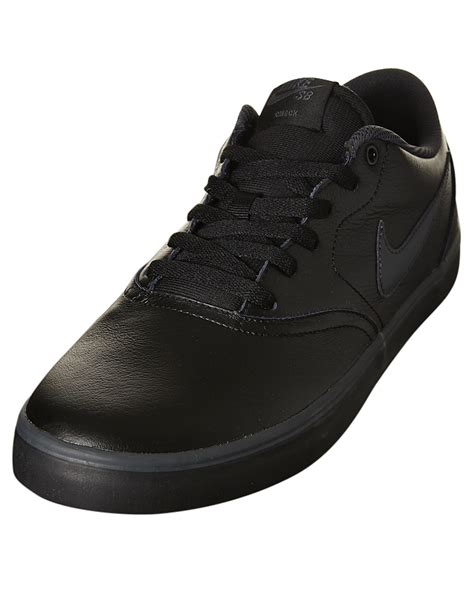 nike mens sb check solar leather bts shoe black leather