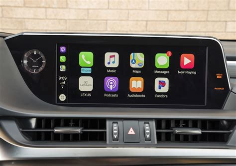Lexus Carplay 2019 by Lexus To Begin Carplay Rollout In New Vehicles In