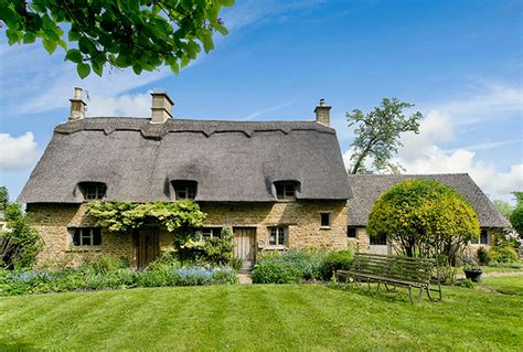 Cotswalds Cottages by The Best Cotswolds Tours