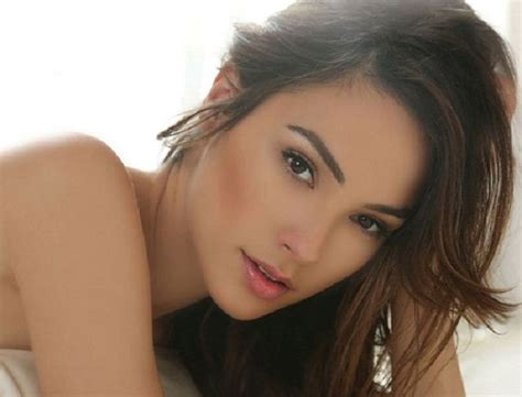 gal gadot biography imdb gal gadot wiki affairs height weight age boyfriend
