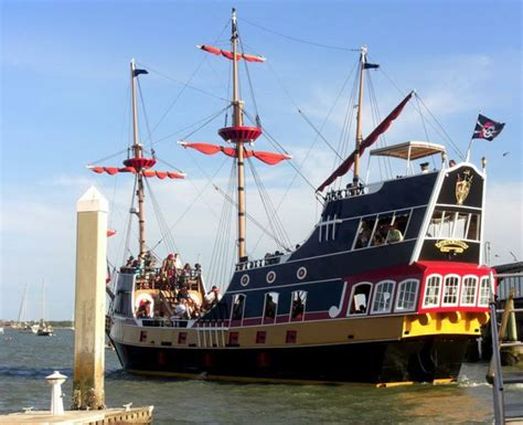 st augustine ghost tours boat black raven pirate ship scenic tours st augustine