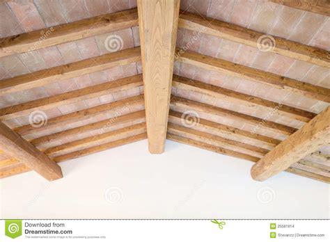 Tuscan Home Plans plafond toscan de faisceau en bois briques rouges mur l