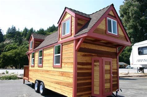 Dormer Loft Cottage By Molecule Tiny Homes Tiny Living Molecule Tiny Houses