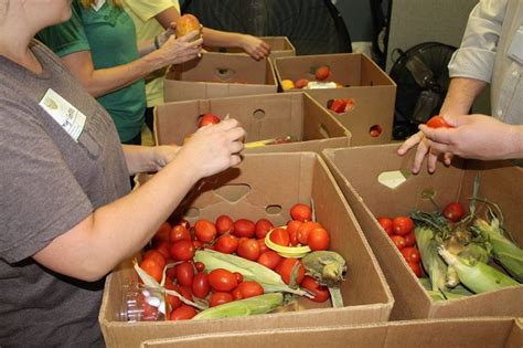 Soup Kitchens In Northwest Arkansas by Volunteering With Ways To Help At The Northwest