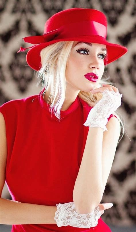 Velin Dress dress with matching hat and lace gloves