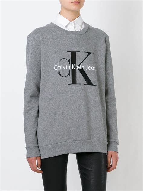 Sweatshirt Print calvin klein logo print sweatshirt in gray for