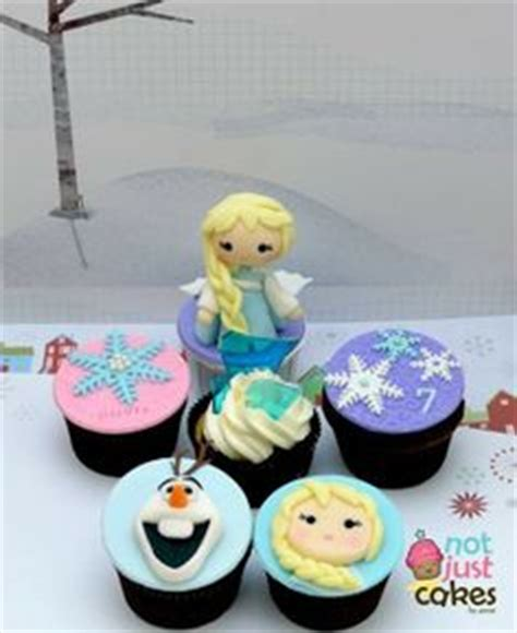 ready to ship frozen fondant edible inspired theme cupcake toppers reine des neiges reine