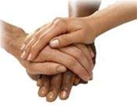 imagenes de manos unidas orando grupos de mutua ayuda o autoayuda para personas con