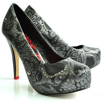 Would You Wear These Morris Pumps by Coolest Shoes Iron S Sweet Skull O Mine I
