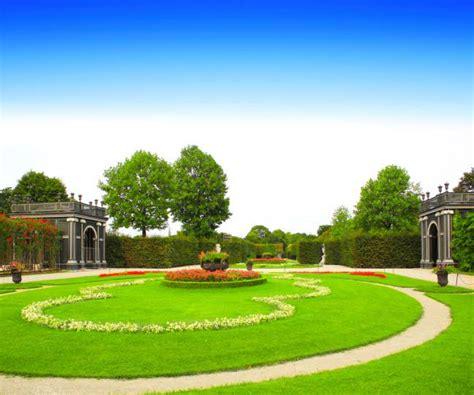 i giardini piu belli d italia top 5 i giardini fioriti pi 249 belli d italia viaggi news