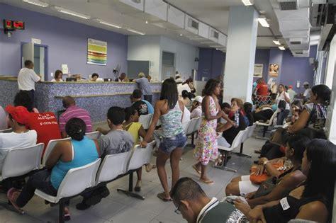 das de espera en dengue superlota os hospitais e postos
