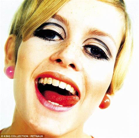the two faces of twiggy at 59 how airbrushing in olay ad twiggy i went to dinner with fred astaire and he tap