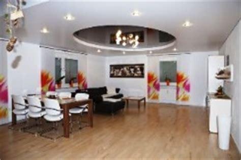 deckendesign wohnzimmer spanndecken erlangen traumhafte lichtspanndecken